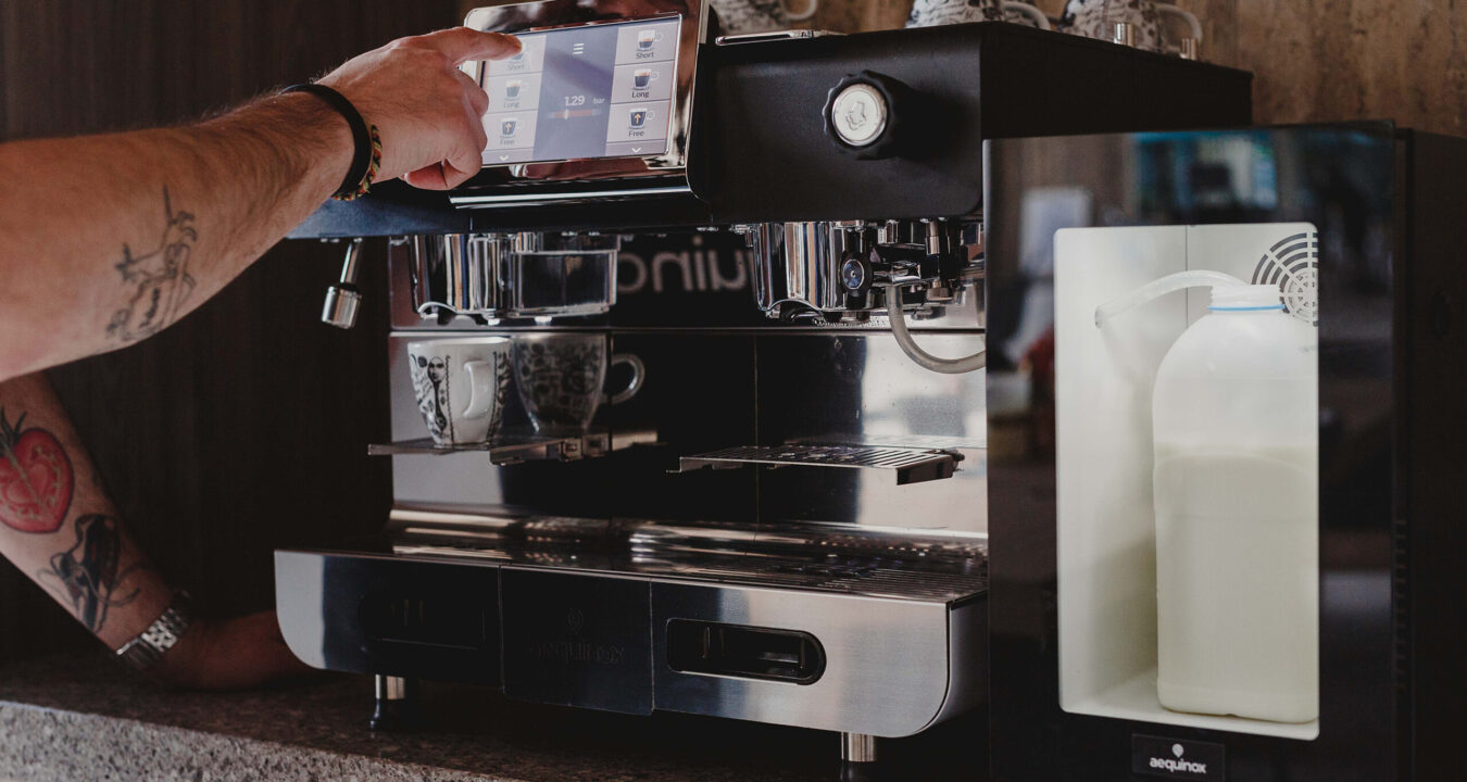 Professionele koffiemachine van Aequinox